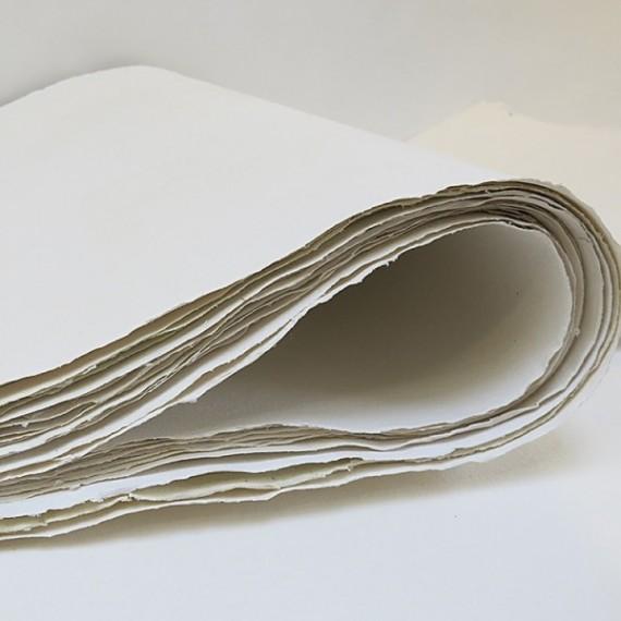 Papier du monde KHADI Indien R43 W ROUGH - 400g - F:80 x 200 cm - Blanc - G.torchon