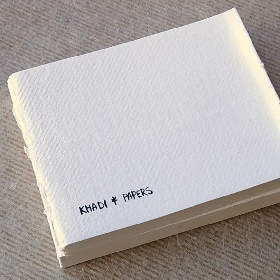 CARNET KHADI BB5 WHITE SMOOTH 13 X 16 CM 210 GR 40 PAGES