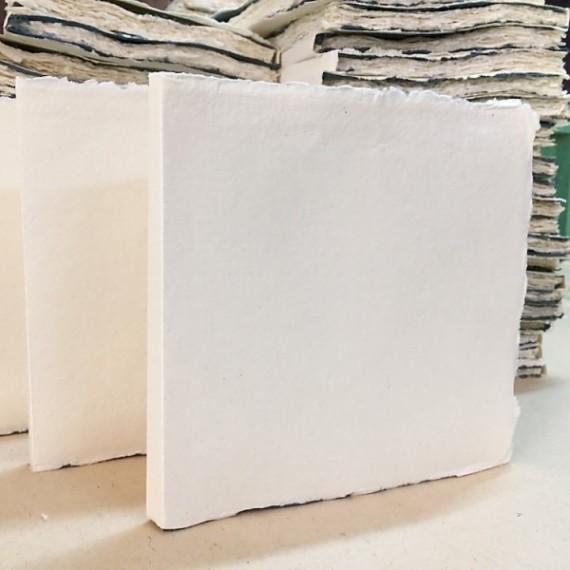 Papier du monde KHADI Pulp de coton - 320g - F:20 x 20 cm - 100 Feuilles