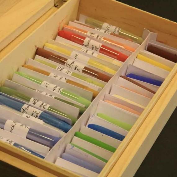 Coffret pastel sec VERMEER - Sélection portrait  - 34 pastels  - (Coffret Bois)